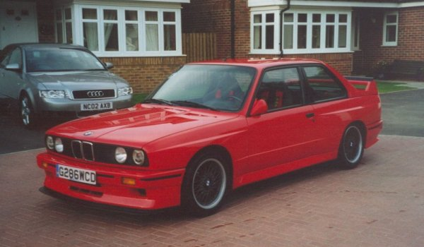 la BMW M3 (E30) Sport Evolution