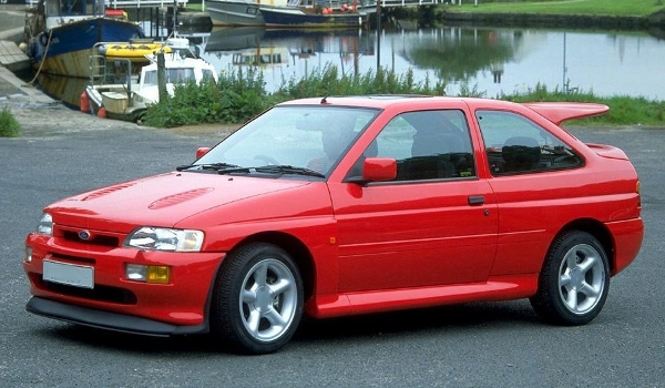 Plus de photo de la FORD Escort RS Cosworth (1992)
