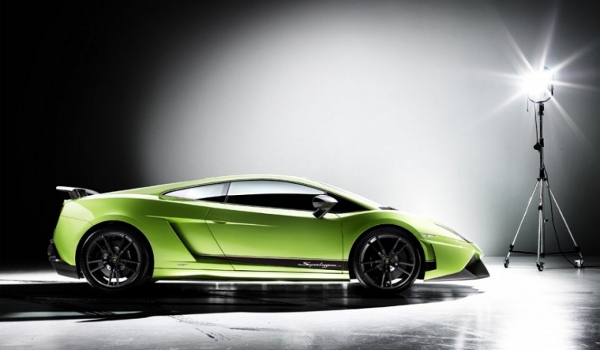 Plus de photo de la LAMBORGHINI Gallardo LP570-4 SuperLeggera