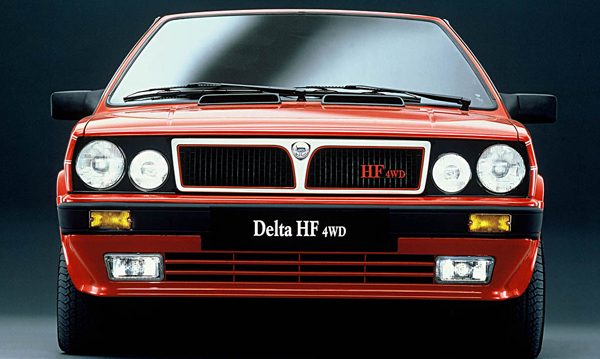 Plus de photo de la LANCIA Delta HF 4WD
