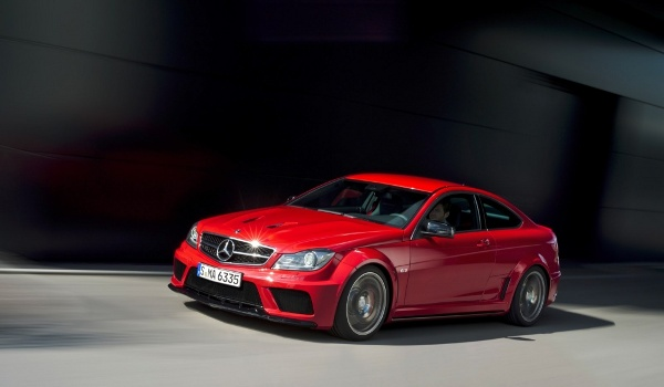 Plus de photo de la MERCEDES C63 AMG Coupé Black Series (C204)