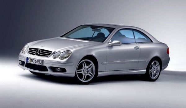 Plus de photo de la MERCEDES CLK 55 AMG