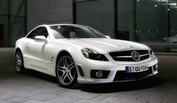 Plus de photo de la MERCEDES SL 63 AMG