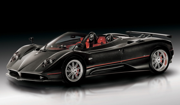 Plus de photo de la PAGANI Zonda Roadster F
