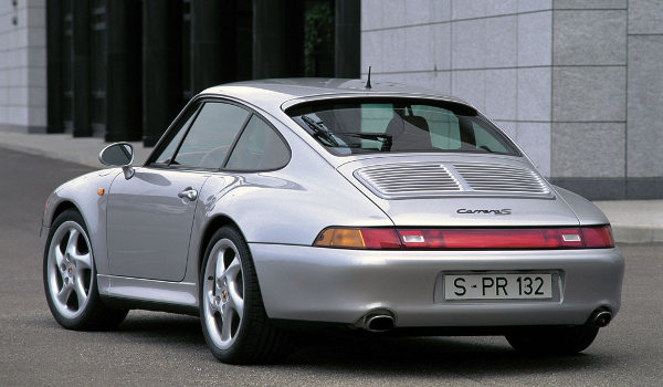Plus de photo de la PORSCHE 911 Carrera S (993)