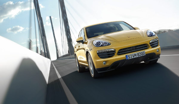 Plus de photo de la PORSCHE Cayenne S (958)
